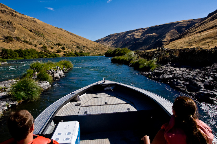 Deschutes river jet boat tour photos